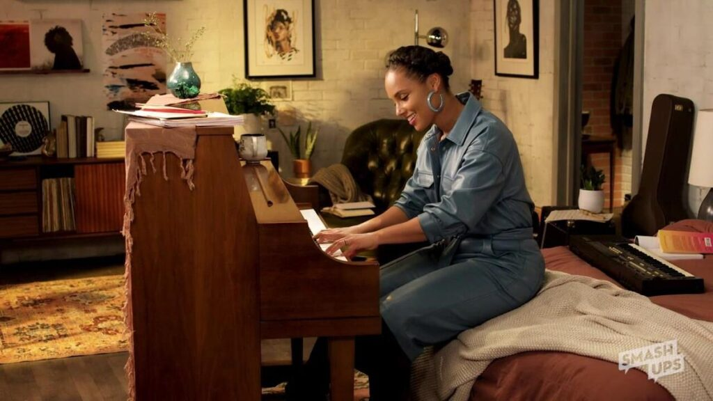 Alicia Keys performing New Day in a customized video ecard for American Greetings